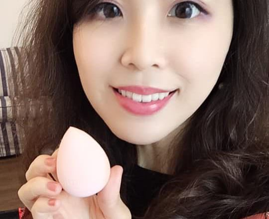 [ 好物 ]維納黛蒂美妝(Venudite Cosmetics)嫩Q美肌蛋,上妝零死角不留蛋痕;瑰蜜銀箔美妝工具清潔組,任何彩妝工具皆適用