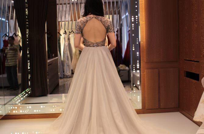 受保護的內容: 茱莉亞精品婚紗,台中經典婚紗,近千件頂級婚紗絕對能挑選到適合自己的,還有超大攝影棚可以棚拍唷